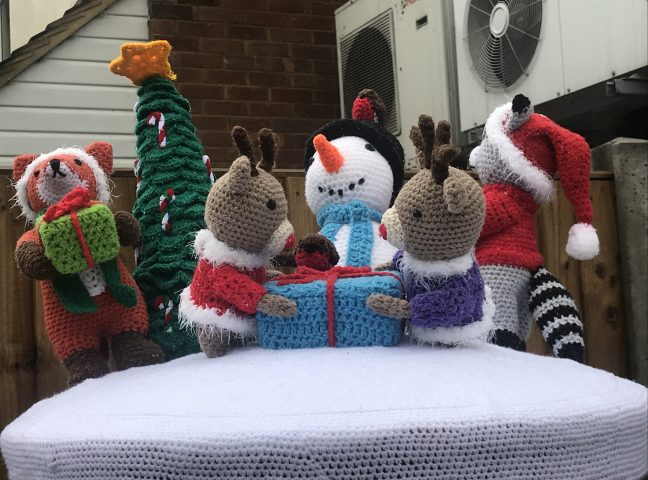 Hertfordshire Post Boxes Get Yarn Bombed For Christmas