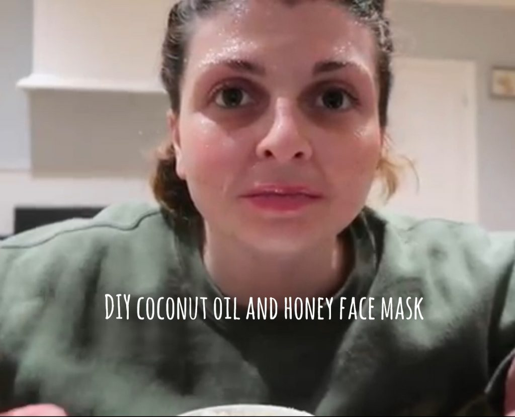 DIY Coconut Oil & Honey Face Mask graphic