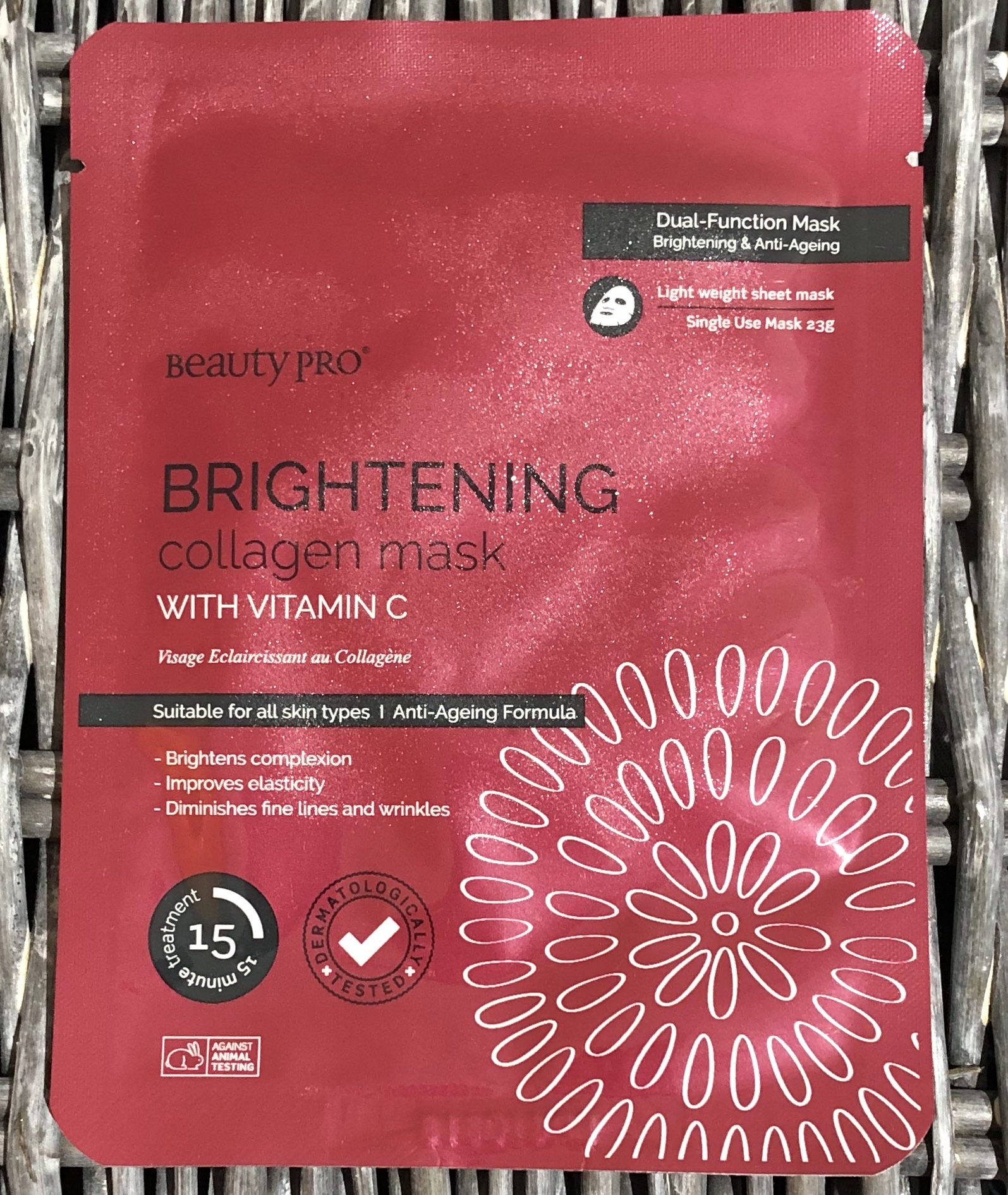 Beauty Pro Brightening Collagen Mask Review graphic
