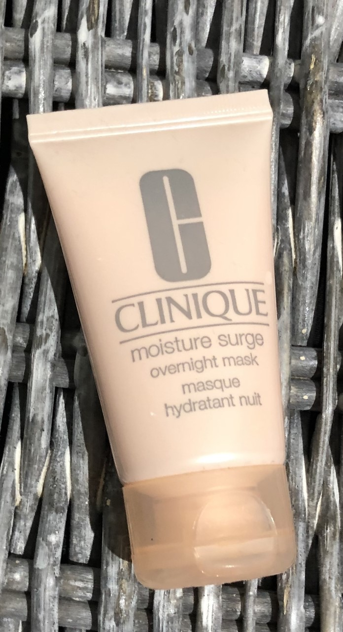 Clinique Moisture Surge Overnight Mask Review graphic
