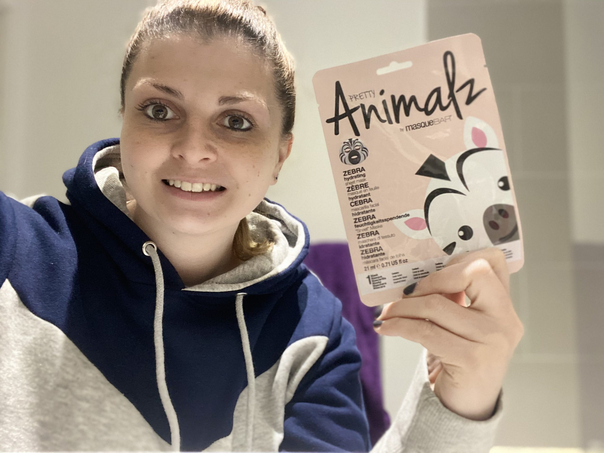 Masque Bar Pretty Animalz Zebra Mask Review graphic
